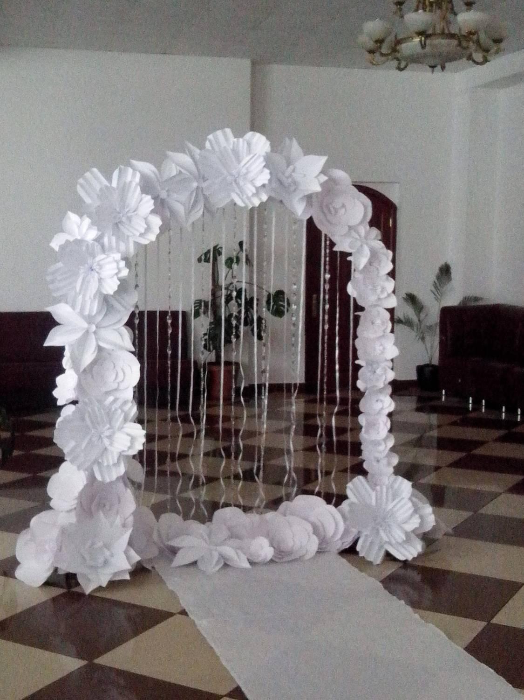 Цветы из бумаги для украшения зала на свадьбу своими руками